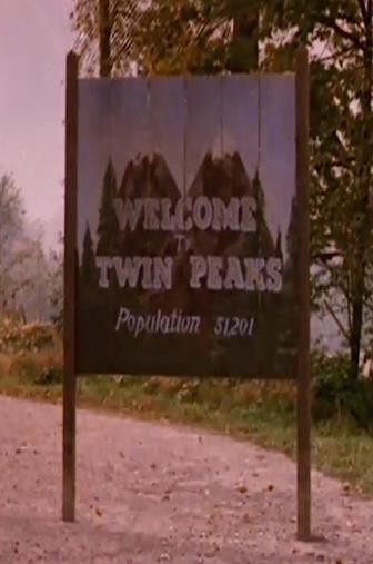 Random Movie Pick - Twin Peaks 2017 Poster